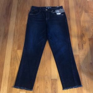 NEW Cropped Jeans